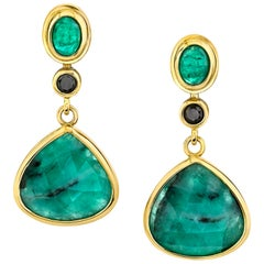 Rose Cut Emerald Cabochon and Black Diamond 18k Yellow Gold Dangle Drop Earrings