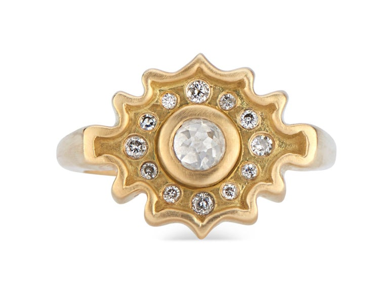 Rose Cut Salt and Pepper Diamond Ring in Yellow Gold In New Condition For Sale In New York, NY