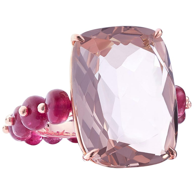Nina Runsdorf Rose Gold 14.61 Carat Rose Quartz and 9.00 Carat Ruby Bead Ring For Sale
