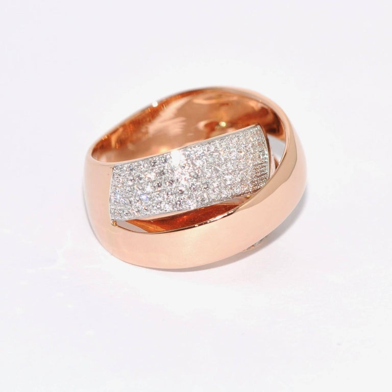 Rose Gold and Diamonds Interlaced Fashion Ring In New Condition In Vannes, FR
