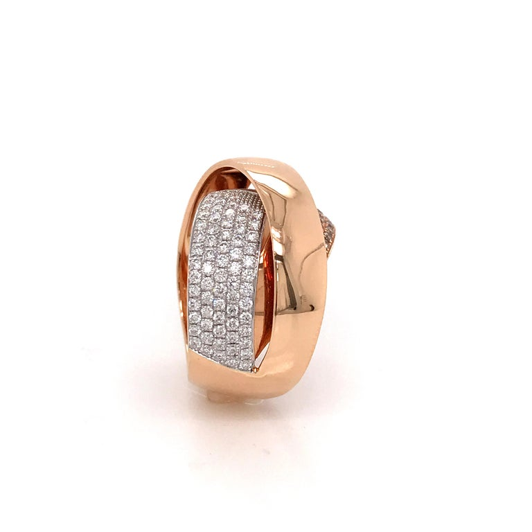 Contemporary Rose Gold and Diamonds Interlaced Fashion Ring For Sale