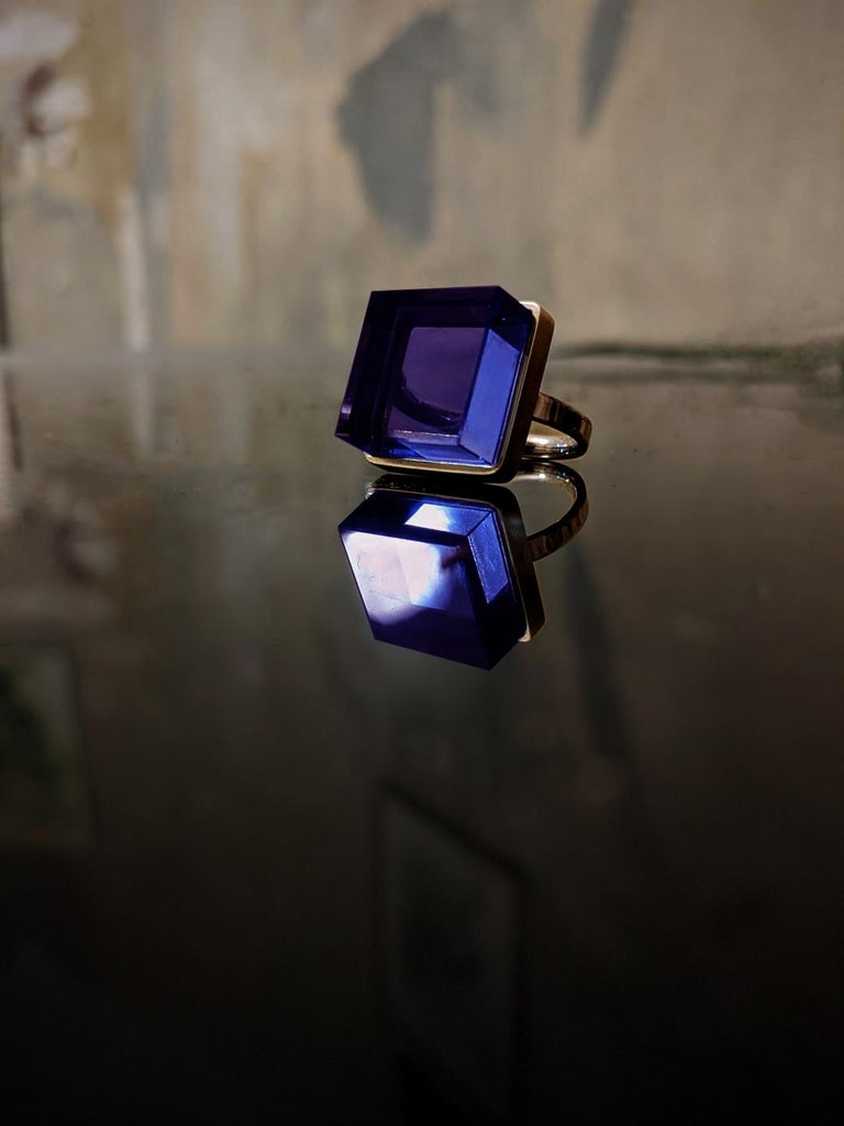 Rose Gold Art Deco Style Men's Ring with Amethyst, Featured in Vogue For Sale 2