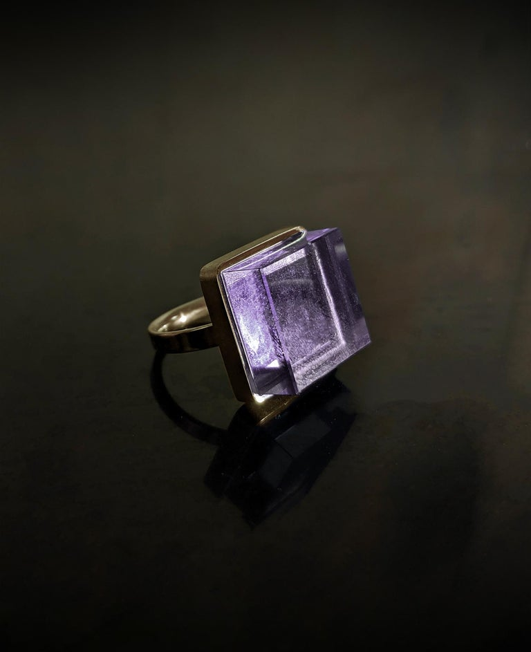 Rose Gold Art Deco Style Men's Ring with Amethyst, Featured in Vogue In New Condition For Sale In Berlin, DE