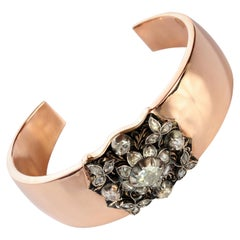 Rose Gold Cuff Bracelet with Rose-Cut Diamond Medalian