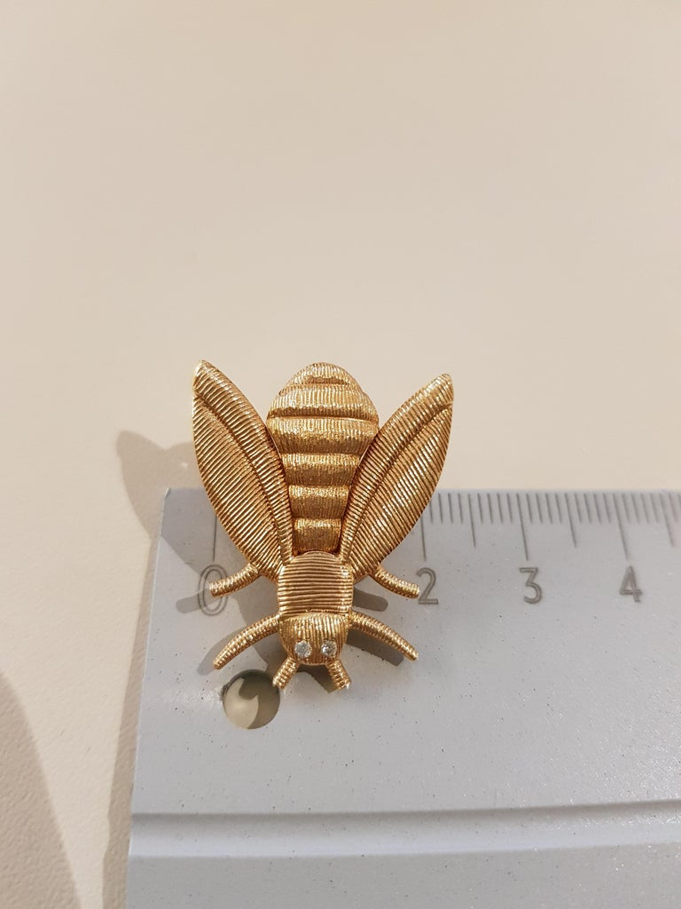 Rose Gold Diamond Bee Stud Earrings For Sale 1