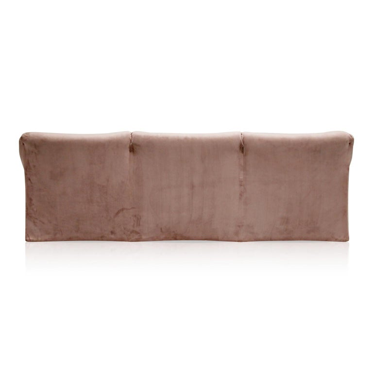 Rose Pink Velvet Tentazione Sofa by Mario Bellini for Cassina, New Upholstery For Sale 2
