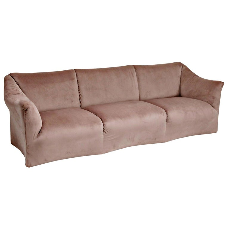 Rose Pink Velvet Tentazione Sofa by Mario Bellini for Cassina, New Upholstery For Sale