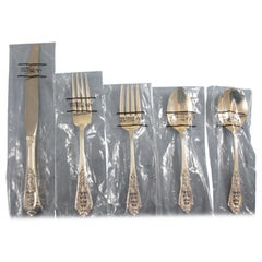 Rose Point by Wallace Sterling Silver Flatware Set Service 32 Pieces Brand New