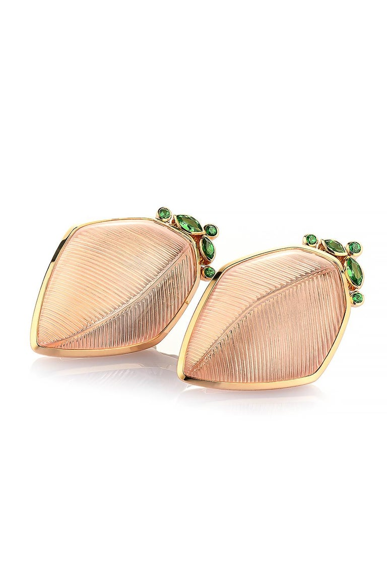 Modern Rose Quartz Tsavorite Gold Leaf Wagner Collection Ring and Stud Earrings Set For Sale