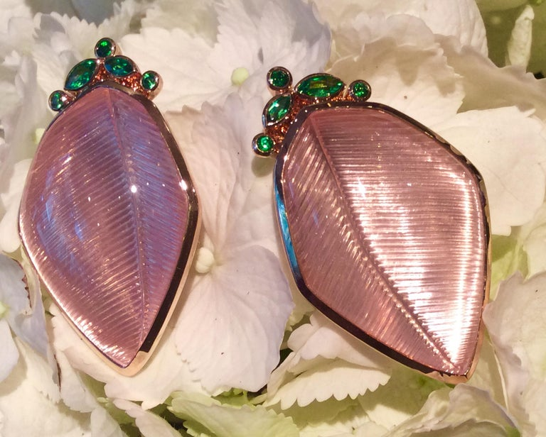 Rose Quartz Tsavorite Gold Leaf Wagner Collection Ring and Stud Earrings Set For Sale 4