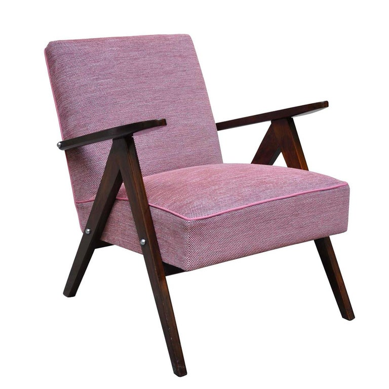 Mid-Century Modern Rose Wow Armchair For Sale