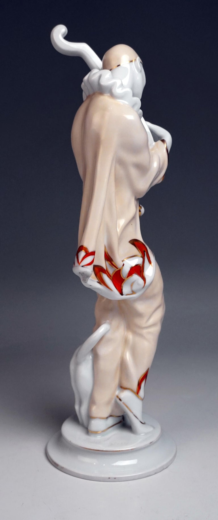 Rosenthal Art Déco Figurine Pierrot 'Ash Wednesday' Max Valentin Germany, 1922 In Good Condition For Sale In Vienna, AT