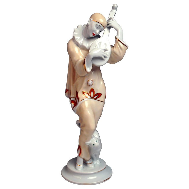 Rosenthal Art Déco Figurine Pierrot 'Ash Wednesday' Max Valentin Germany, 1922 For Sale