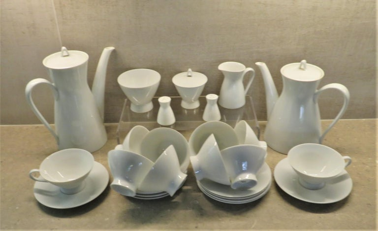 Rosenthal Form 2000 White Pattern Dinnerware - Raymond Loewy Set 70 Pcs Germany For Sale 1