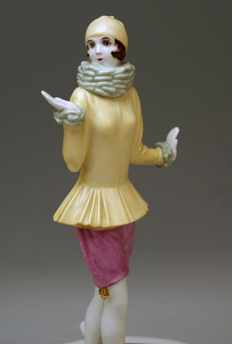 Mid-20th Century Rosenthal Germany Lady Yvonne Dorothea Charol, circa 1930-1935 For Sale