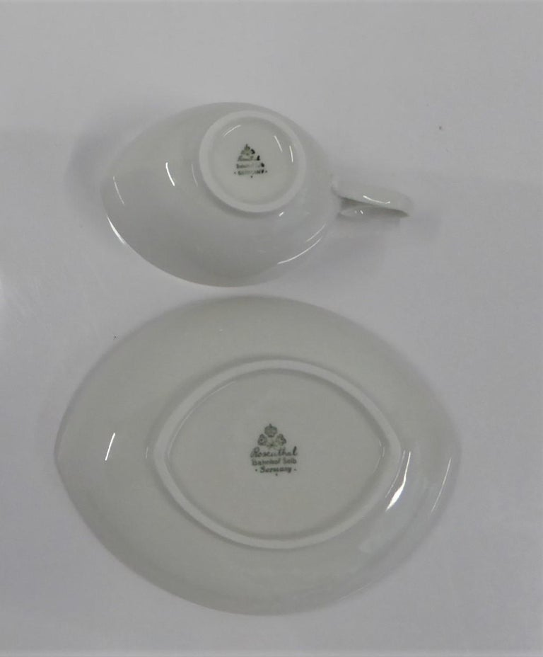 Rosenthal Mid Century OVAL pattern Demi Tasse Coffee Set Rudolf Lundhard 1951 In Good Condition For Sale In Miami, FL