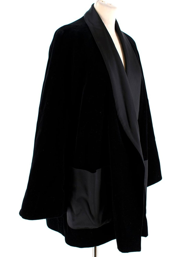 Rosetta Getty Black Velvet Satin Detail Shawl Jacket  - Soft crushed velvet feel  - Oversized smoking jacket style  - Satin finish lapels and front patch pockets   PLEASE NOTE - The belt is missing and will not be included for this item, this can be