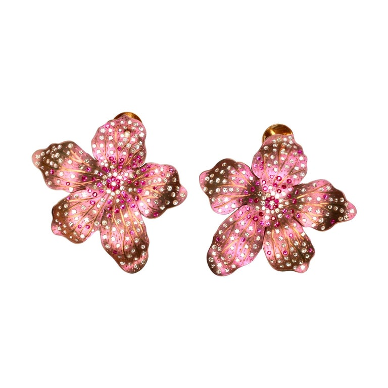 Roseus Periwinkle Titanium Earrings with Rubies and Diamonds 18kt Gold For Sale
