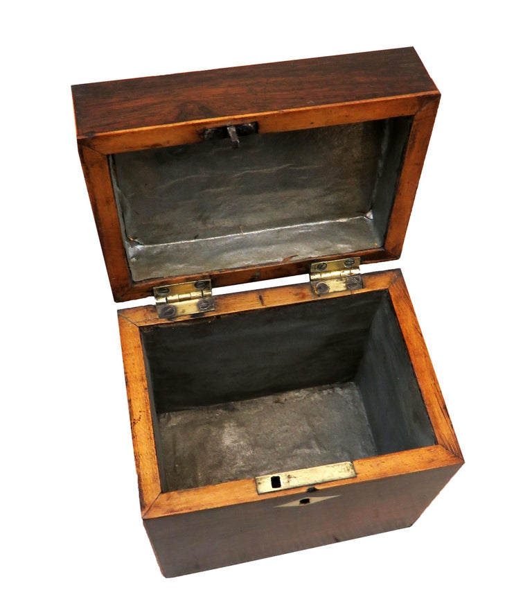 English Rosewood 18th Century Oblong Tea Caddy For Sale