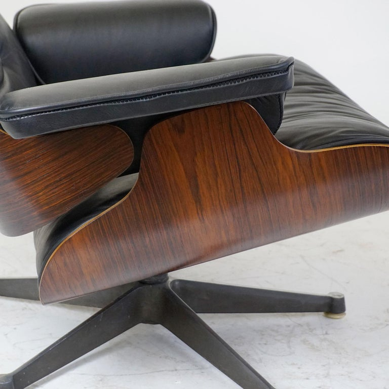 Rosewood and Black Leather Eames Lounge Chair by ICF for Herman Miller For Sale 5