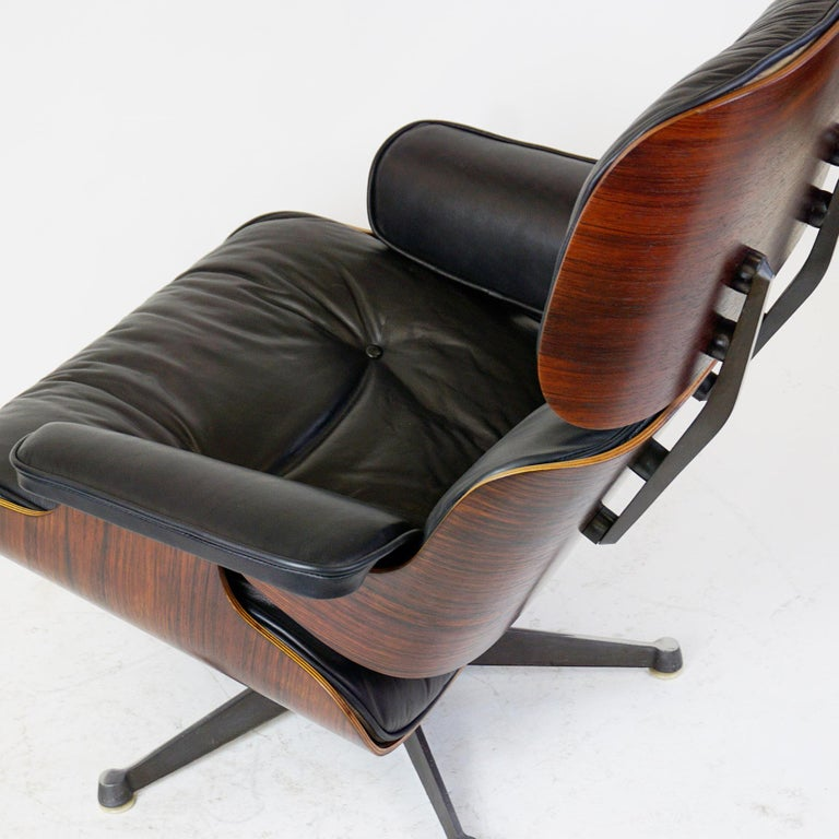 Rosewood and Black Leather Eames Lounge Chair by ICF for Herman Miller For Sale 6
