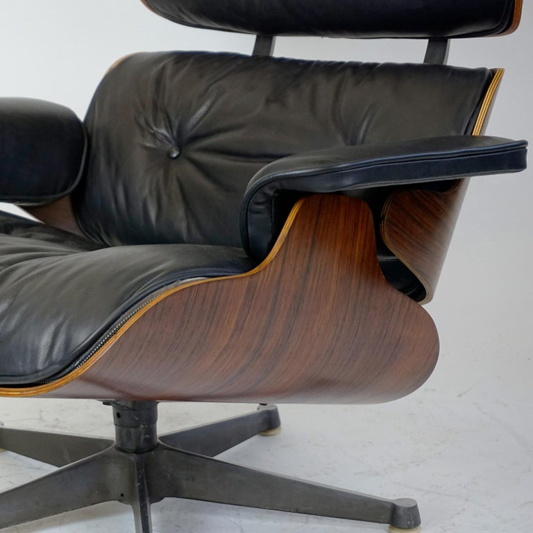 Rosewood and Black Leather Eames Lounge Chair by ICF for Herman Miller For Sale 8