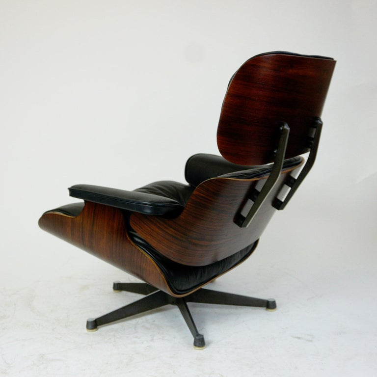 Rosewood and Black Leather Eames Lounge Chair by ICF for Herman Miller For Sale 1