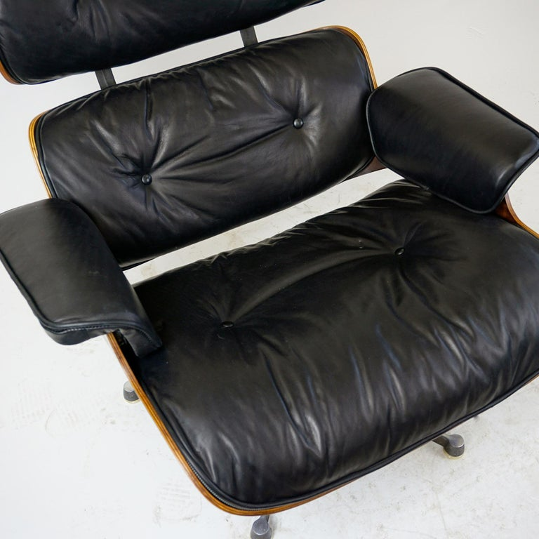 Rosewood and Black Leather Eames Lounge Chair by ICF for Herman Miller For Sale 3