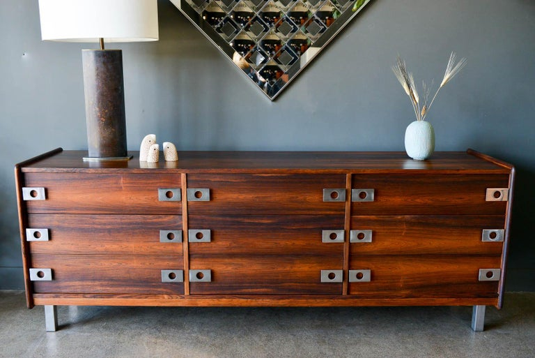 Canadian Rosewood and Chrome 9-Drawer Dresser by Leif Jacobsen, circa 1970 For Sale