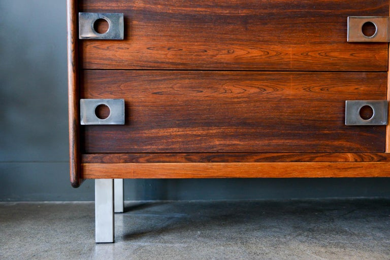Rosewood and Chrome 9-Drawer Dresser by Leif Jacobsen, circa 1970 For Sale 3