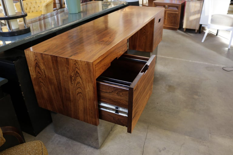 Mid-Century Modern Rosewood and Chrome Base Desk Attributed to Milo Baughman For Sale