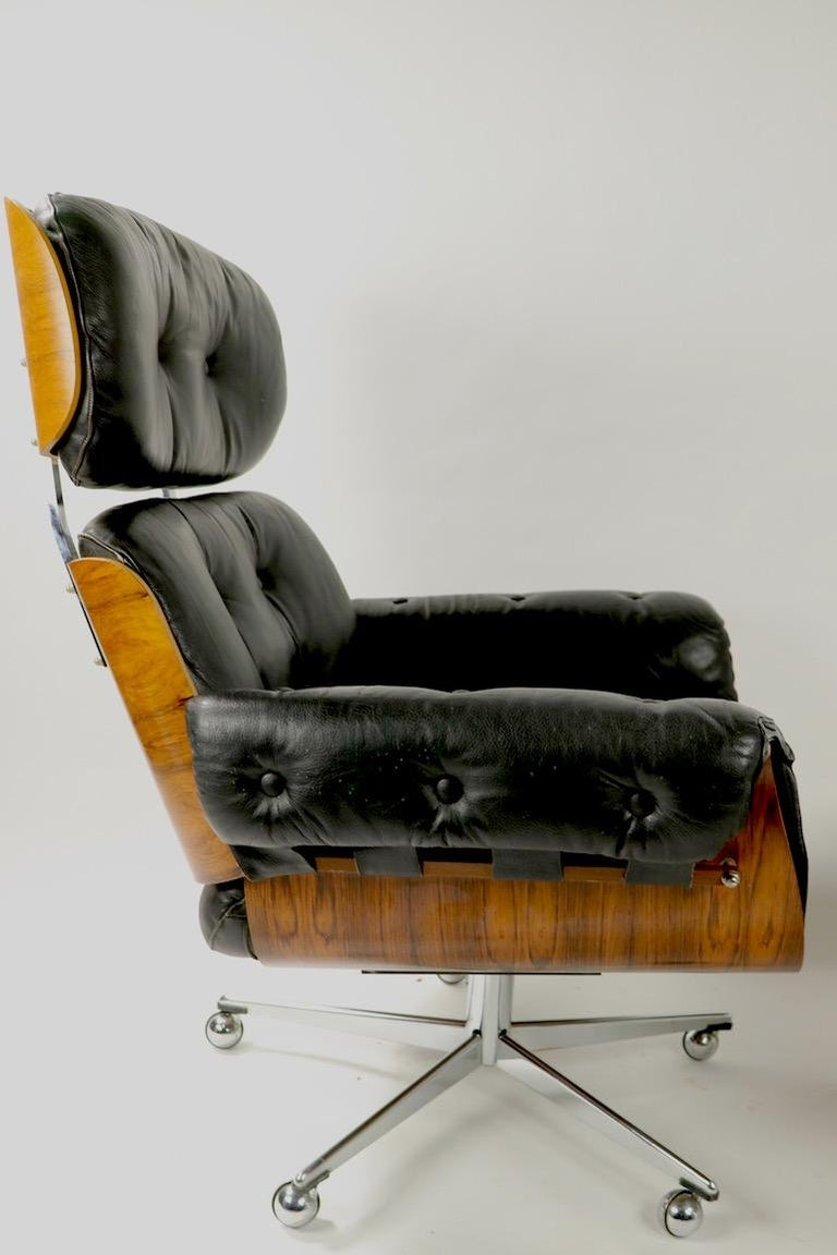 Rosewood and Leather Eames Style Swivel Lounge Chair and Ottoman For Sale 5