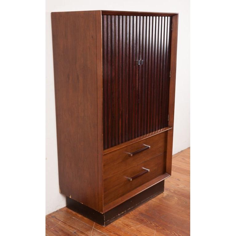 Mid-Century Modern Rosewood and Walnut Gentleman's Wardrobe Dresser by Lane, circa 1965 For Sale