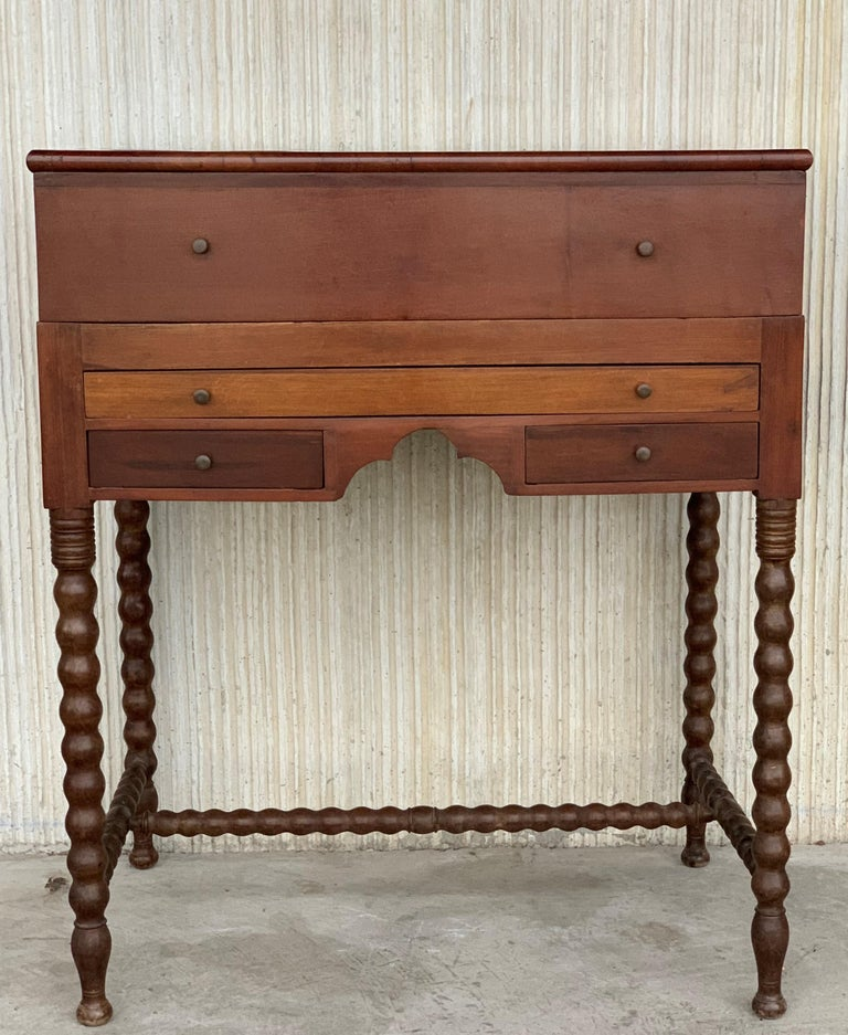 Rosewood Art Deco Open Up Vanity or Secretary Desk. Dressing Table In Good Condition For Sale In Miami, FL