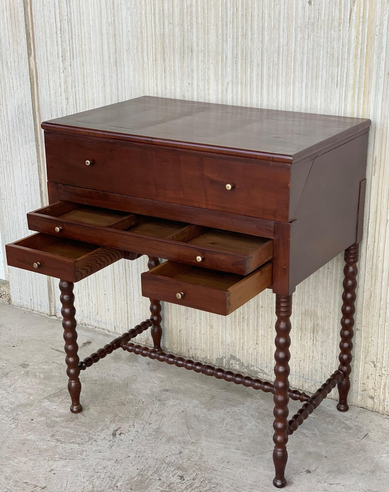 Rosewood Art Deco Open Up Vanity or Secretary Desk, Dressing Table In Good Condition For Sale In Miami, FL