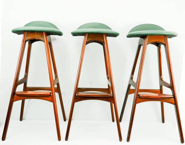 Rosewood bar stools OD 61 by Erik Buch for Oddense Maskinsnedkeri, 1960s The leather on top is made new. The wood is slightly refreshed.