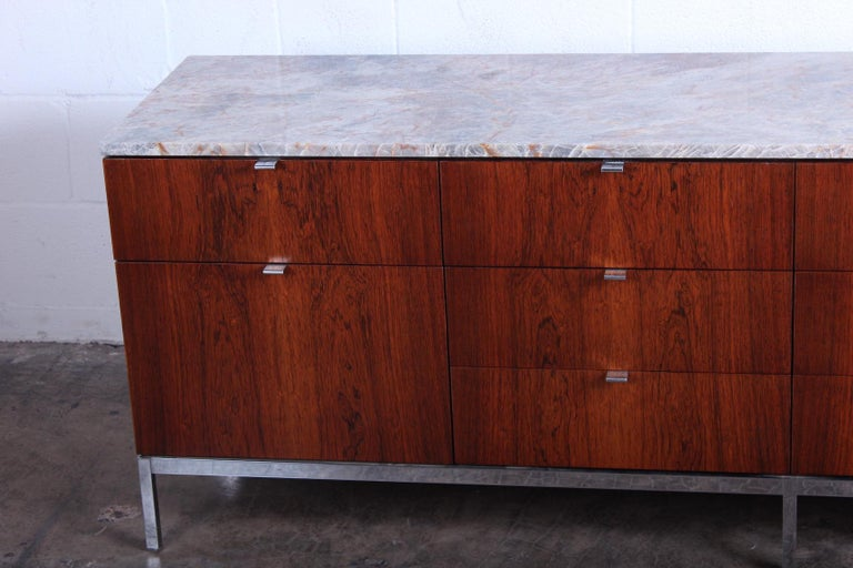Rosewood Credenza by Florence Knoll In Good Condition For Sale In Dallas, TX