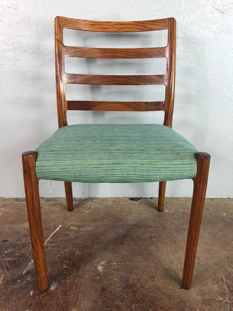 Mid-Century Modern Rosewood Danish Dining Chair For Sale