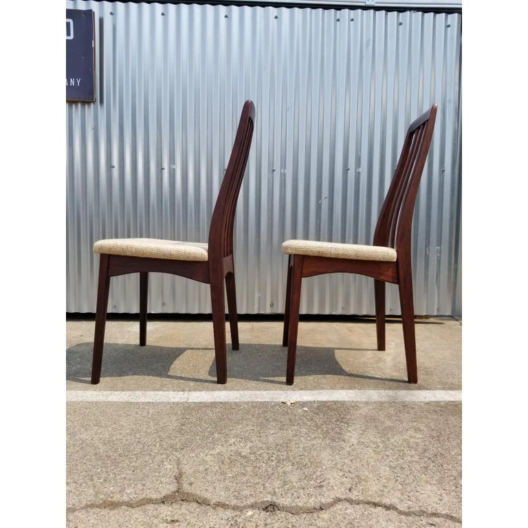Rosewood Danish Modern Dining Chairs by Svegards, a Pair In Good Condition For Sale In Fulton, CA