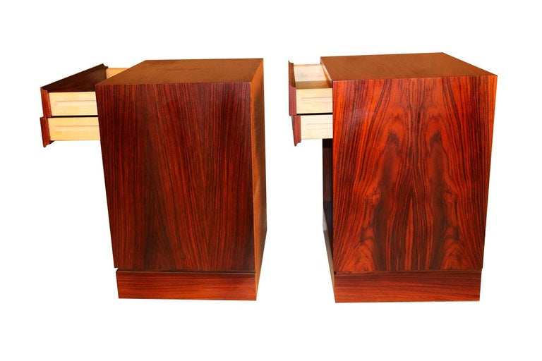 Late 20th Century Rosewood Danish Modern Nightstands End Side Tables, Pair For Sale