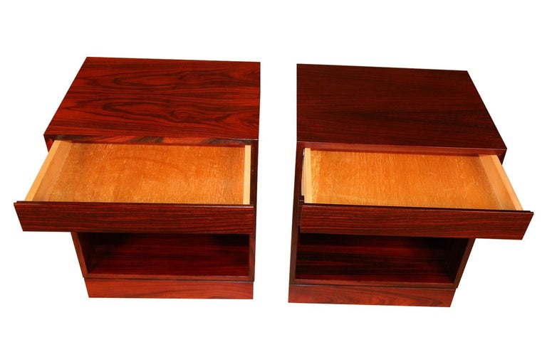 Rosewood Danish Modern Nightstands End Side Tables, Pair For Sale 1