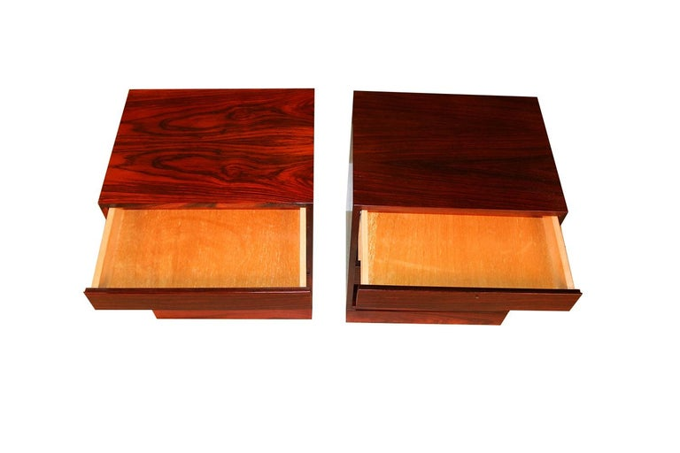 Rosewood Danish Modern Nightstands End Side Tables, Pair For Sale 2