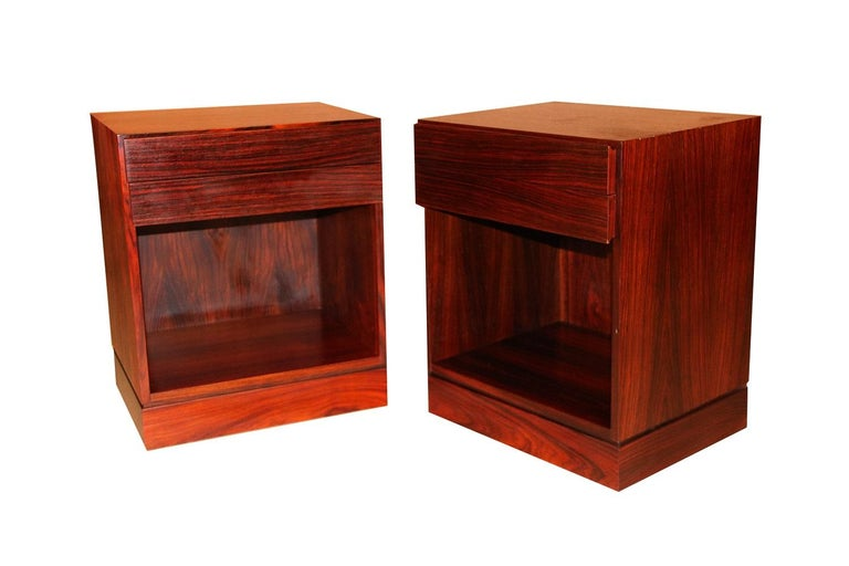 Rosewood Danish Modern Nightstands End Side Tables, Pair For Sale 3