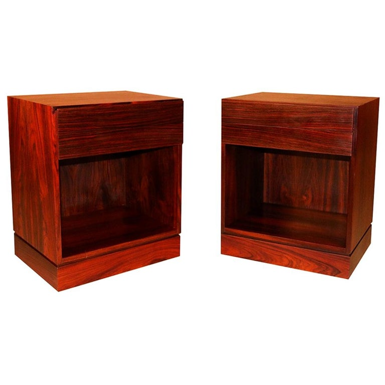 Rosewood Danish Modern Nightstands End Side Tables, Pair For Sale