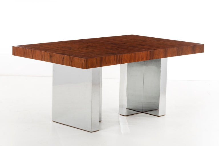 Mid-Century Modern Rosewood Dining Table by Milo Baughman For Sale