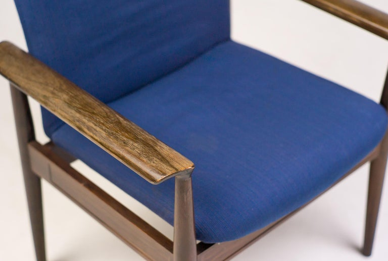 Rosewood Diplomat Chair by Finn Juhl In Fair Condition For Sale In Dronten, NL