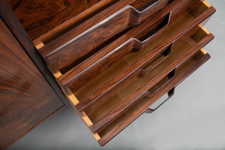 Rosewood Italian Cabinet with Dry Bar in the Style of Franco Albini For Sale 6