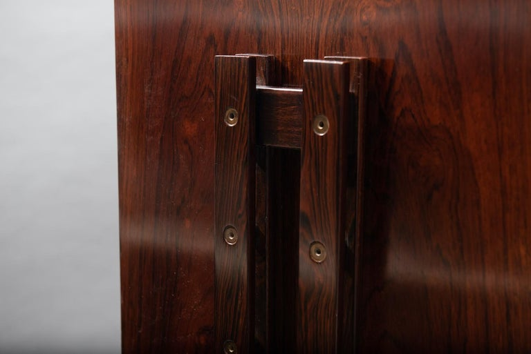 Rosewood Italian Cabinet with Dry Bar in the Style of Franco Albini For Sale 8