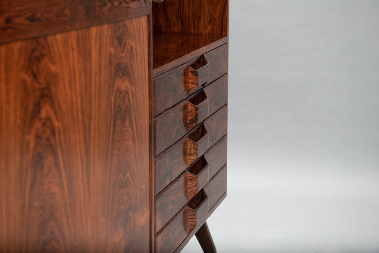 Rosewood Italian Cabinet with Dry Bar in the Style of Franco Albini For Sale 1