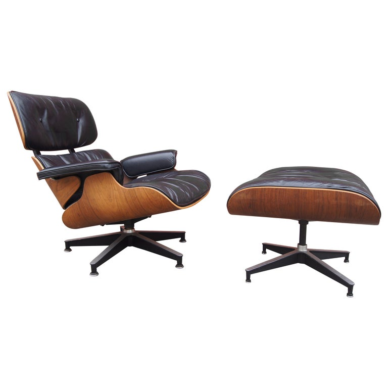 Rosewood Lounge Chair and Ottoman by Charles and Ray Eames for Herman Miller For Sale
